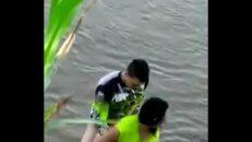 Pegou no flagra amador sacana transando na beira do rio